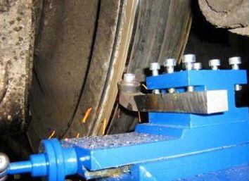 Станок для обточки колесных пар тепловозов 1AK200 ZIP