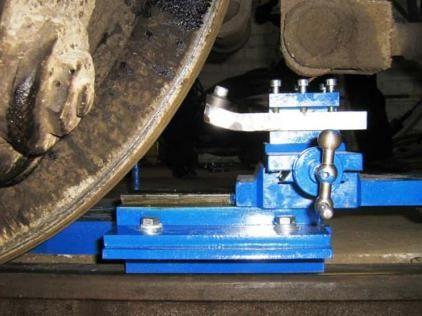 Передвижной станок 1AK200 ZIP для обточки колесных пар тепловоза ТЭМ-2 без выкатки