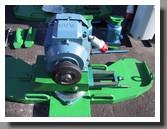 привод вращения колесной пары устройства 1AK200 для обточки колесных пар - вращатель колесной пары